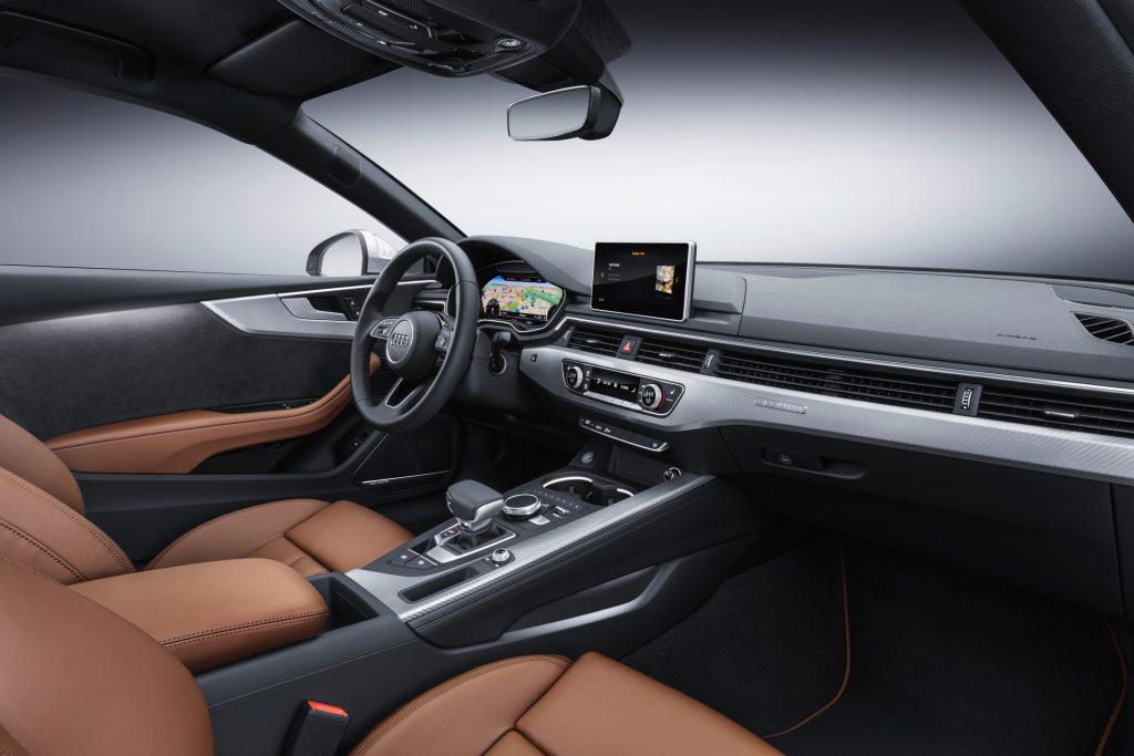 Audi_A5_new_salon