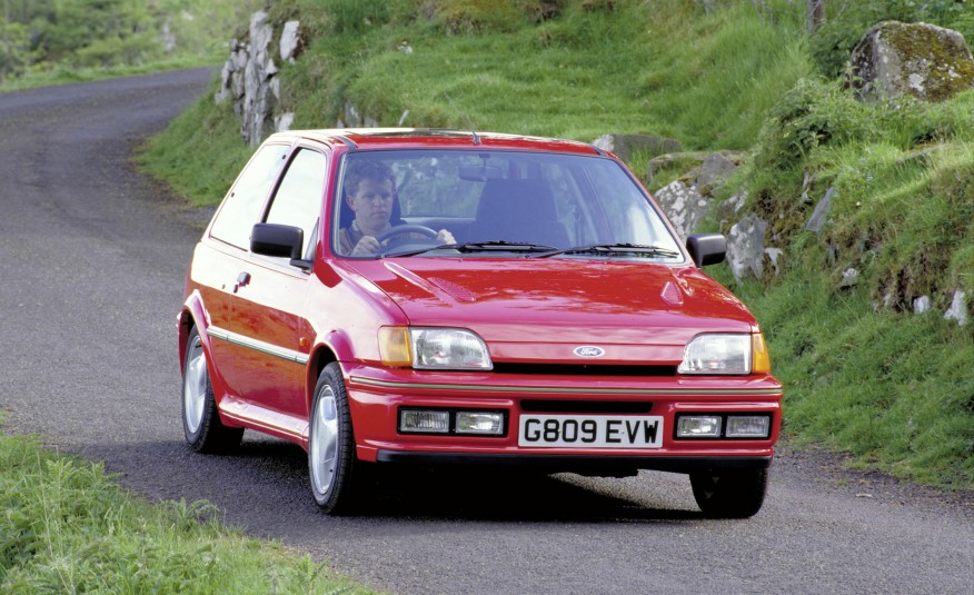 Ford-Fiesta-RS-Turbo-19901-876x535