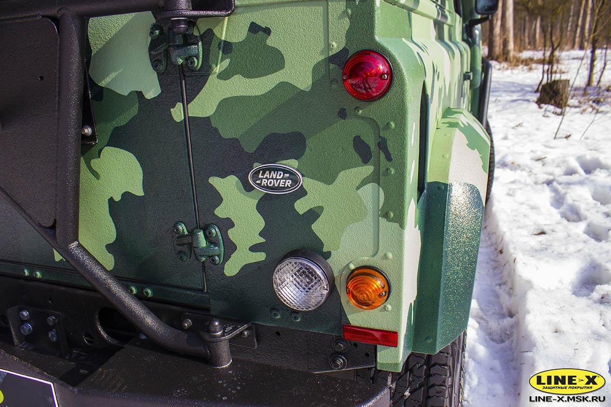 Land-Rover-Defender-camo-12