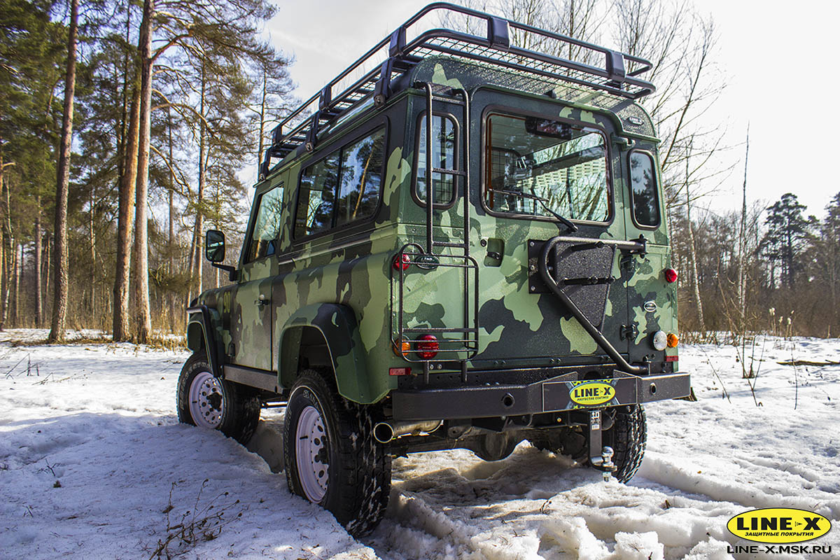 Land-Rover-Defender-camo-15