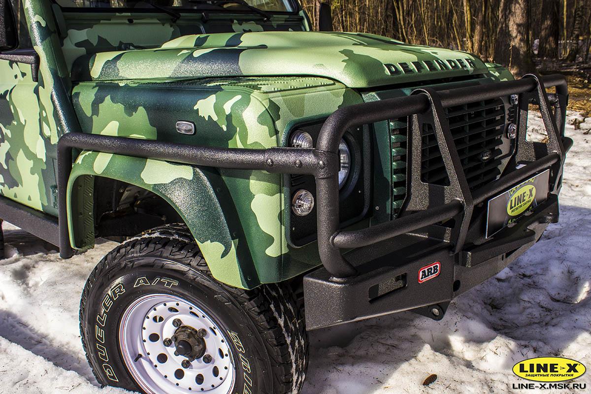 Land-Rover-Defender-camo-2