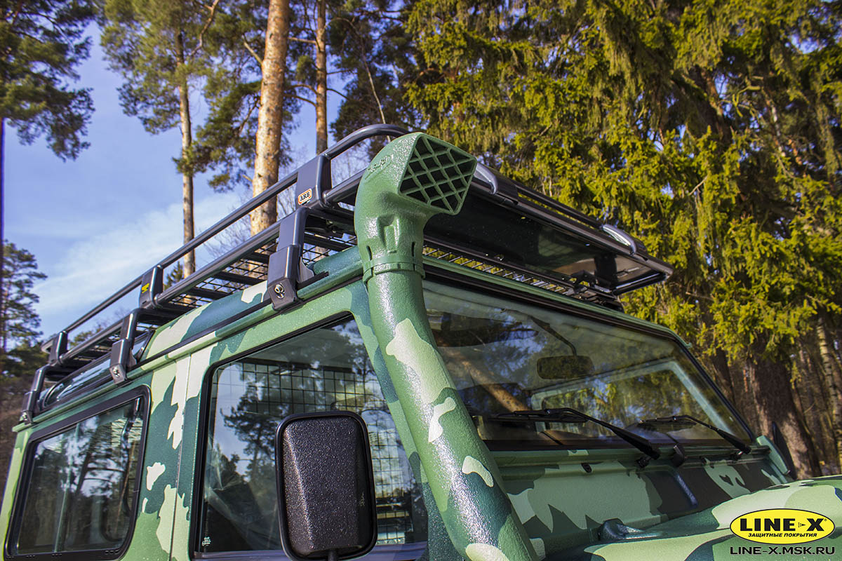 Land-Rover-Defender-camo-8