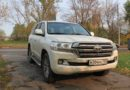 Toyota Land Cruiser 200: вездеход и кемпер