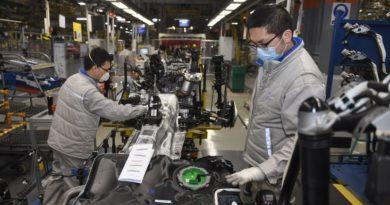 Коронавирус обрушил автомобильный рынок Китая