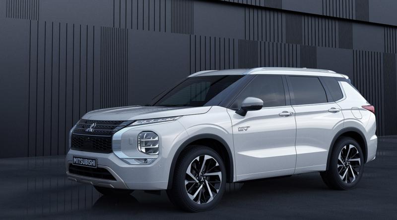 """Новый Mitsubishi Outlander PHEV получил награду """"Good Design Award"""" в Японии"""